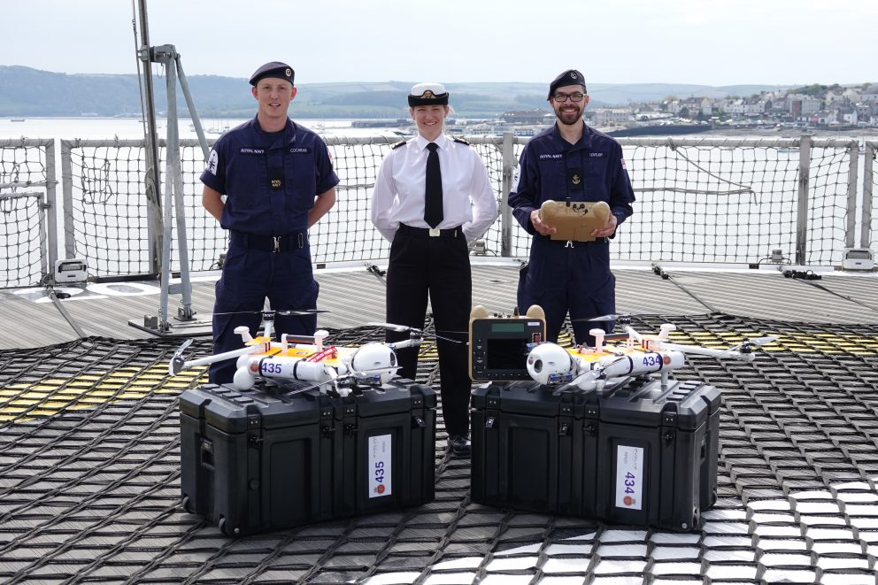 Delivery of the 435 and 434 to the HMS Protector's crew